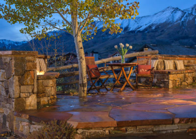 flagstone_patio_sedona_fireplace